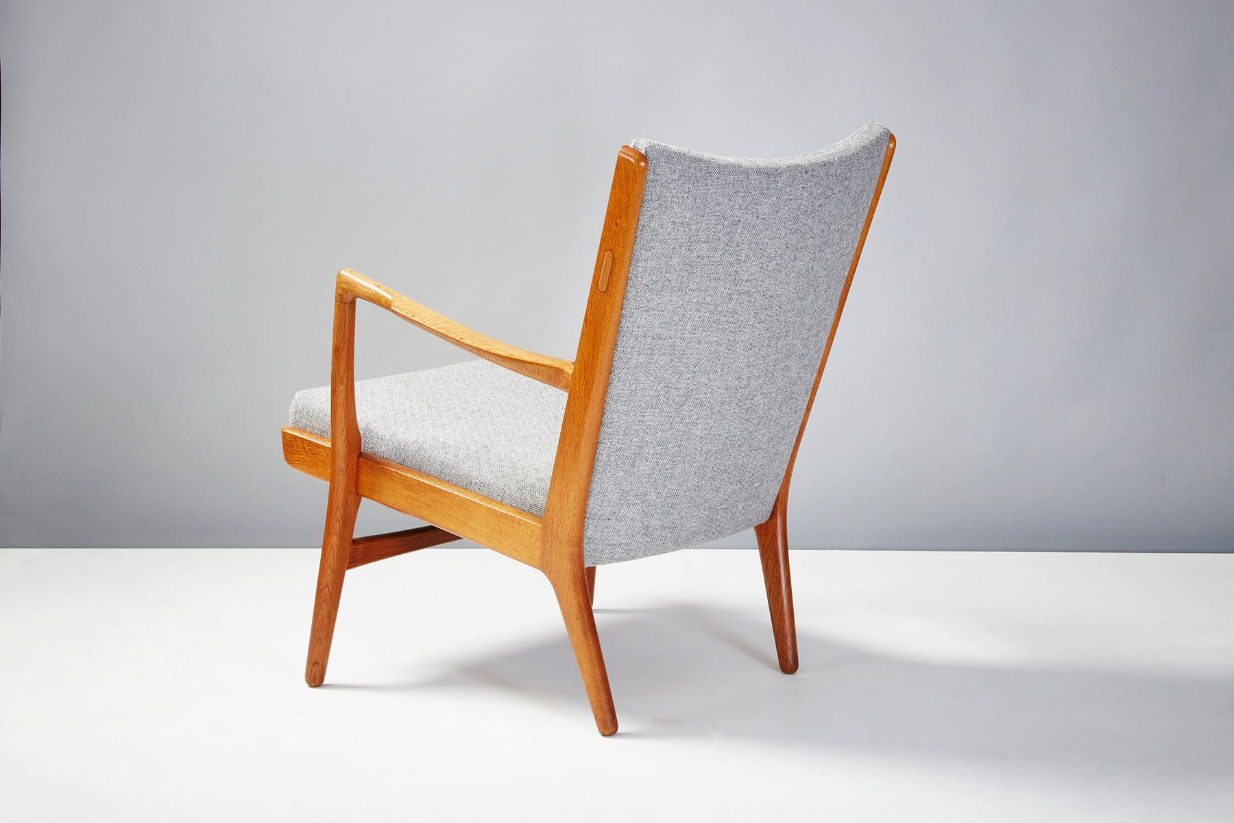 ap 16 st hle von hans wegner 1952 2er set bei pamono kaufen. Black Bedroom Furniture Sets. Home Design Ideas