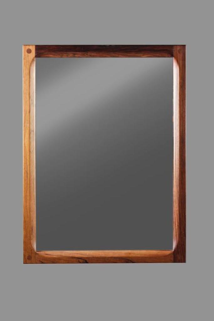 d nischer spiegel mit rahmen aus palisander von aksel kjersgaard f r odder m bler bei pamono kaufen. Black Bedroom Furniture Sets. Home Design Ideas
