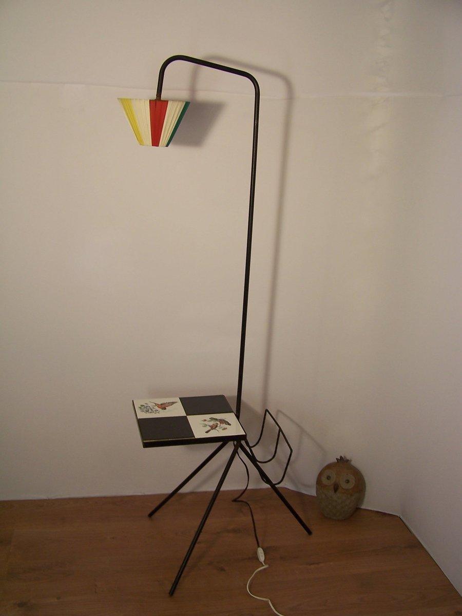 Vintage Stehlampe mit Zeitschriftenablage & Tisch