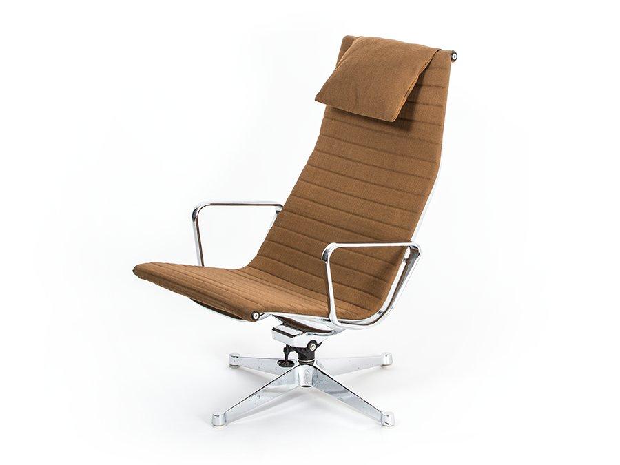 ea 124 stuhl von charles ray eames f r herman miller 1960er bei pamono kaufen. Black Bedroom Furniture Sets. Home Design Ideas