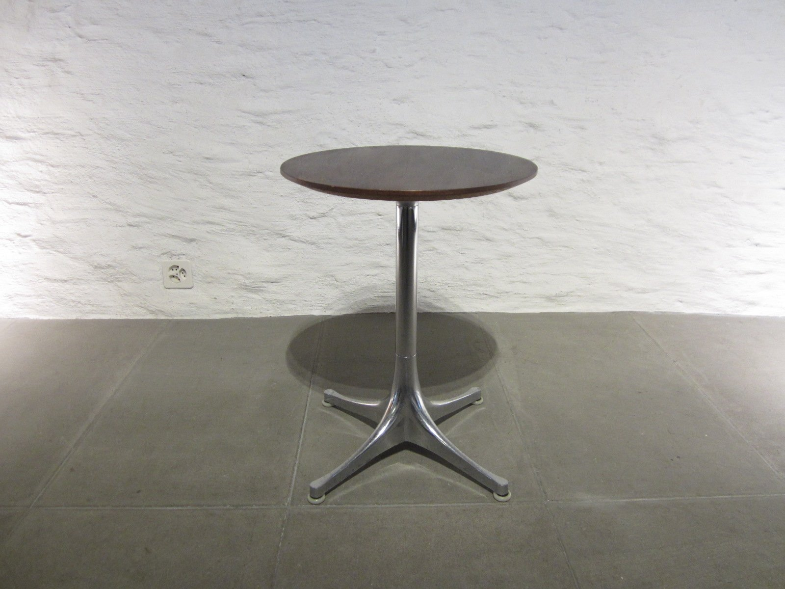 Mid Century Side Table By George Nelson For Herman Miller