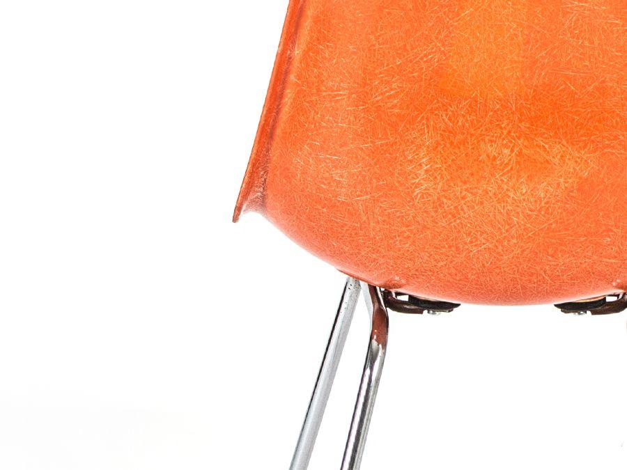 chaises dsx en fibre de verre par charles ray eames pour herman miller set de 4 en vente sur. Black Bedroom Furniture Sets. Home Design Ideas