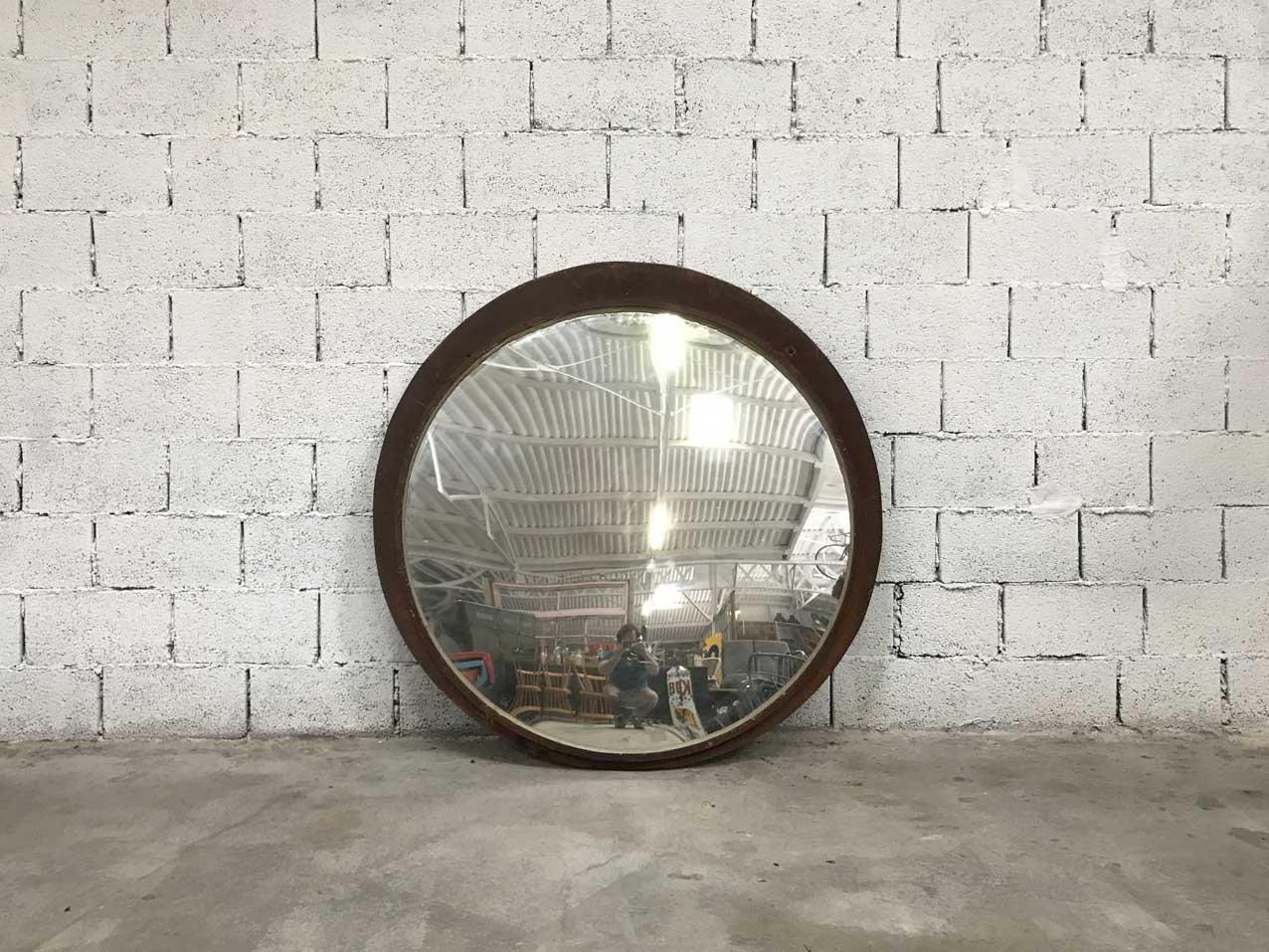 Grand miroir convexe vintage en vente sur pamono for Miroir convexe