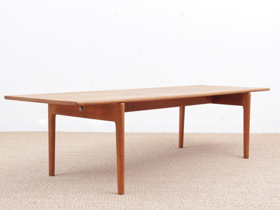 Merveilleux Scandinavian Model AT 15 Oak Coffee Table By Hans Wegner For Andreas Tuck,  1950s