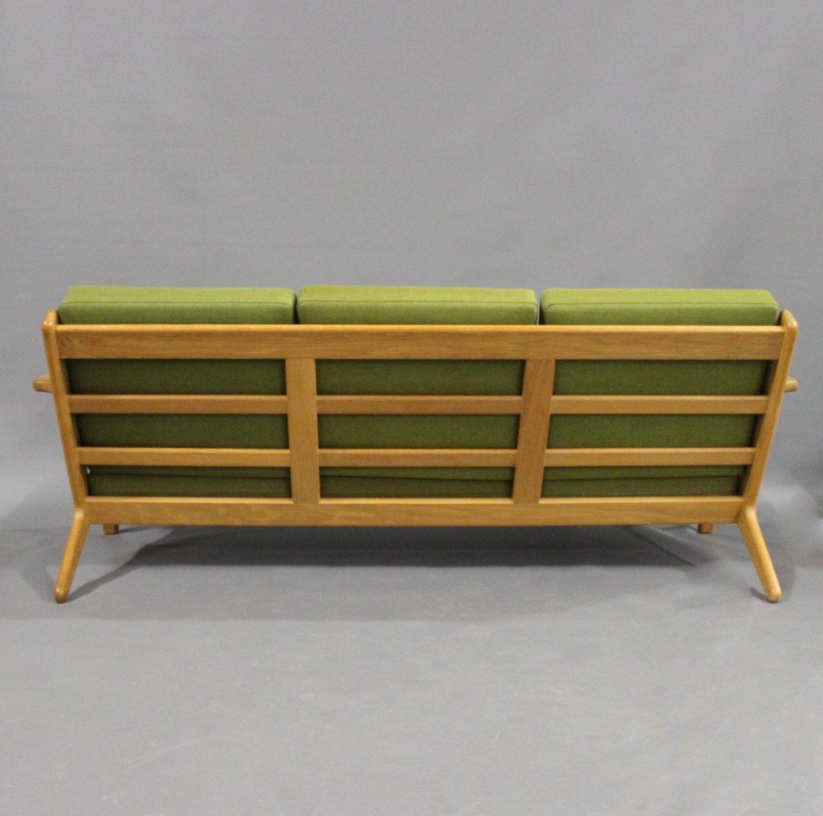 modell ge290 drei sitzer sofa aus eiche von hans j wegner f r getama 1960er bei pamono kaufen. Black Bedroom Furniture Sets. Home Design Ideas