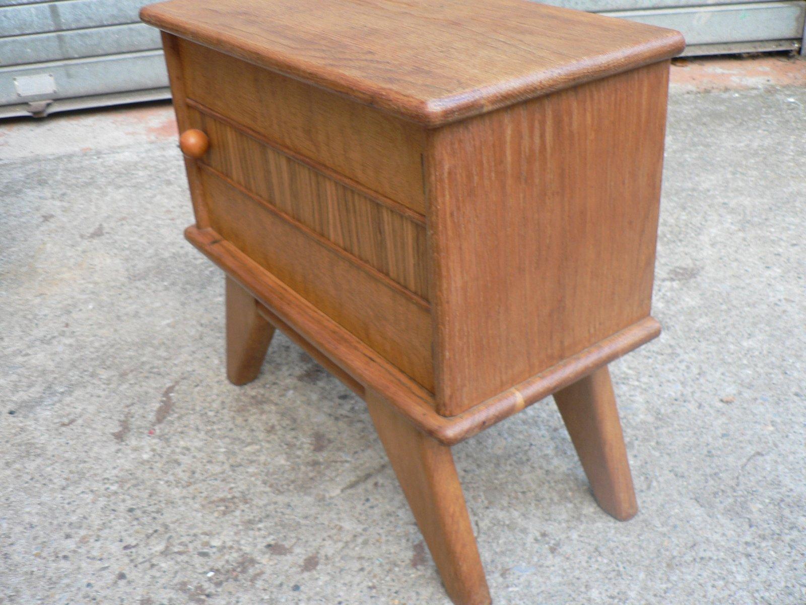 vintage holz nachtschrank mit compass beinen 1950er bei pamono kaufen. Black Bedroom Furniture Sets. Home Design Ideas