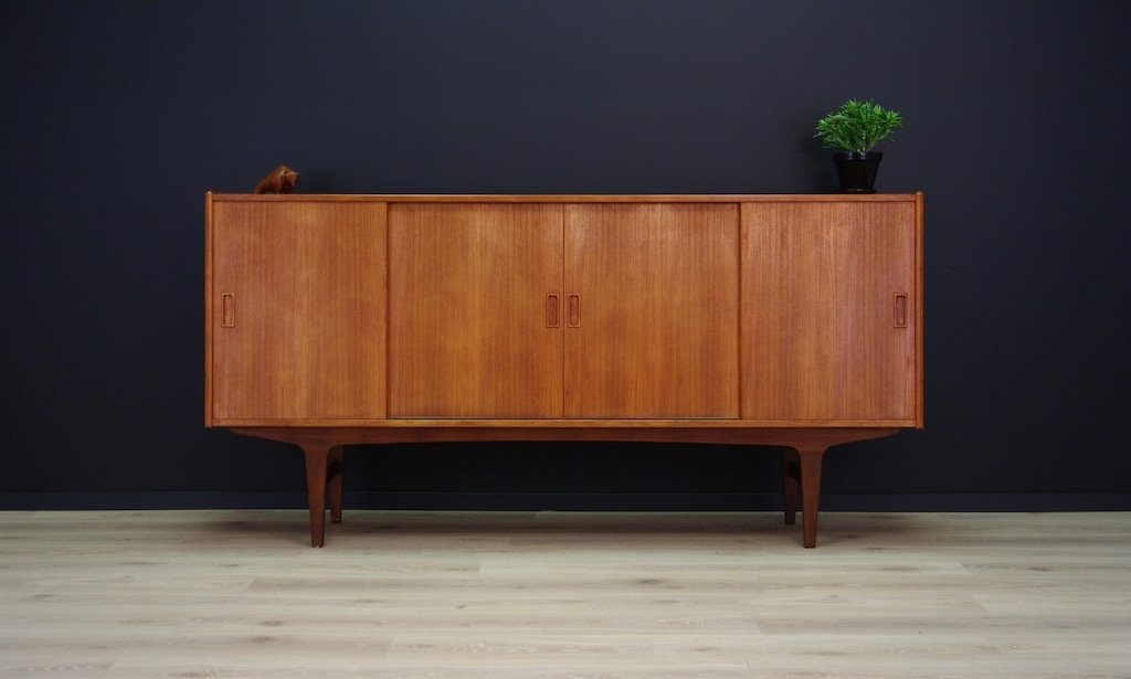 Dänisches Vintage Highboard in Teak Furnier