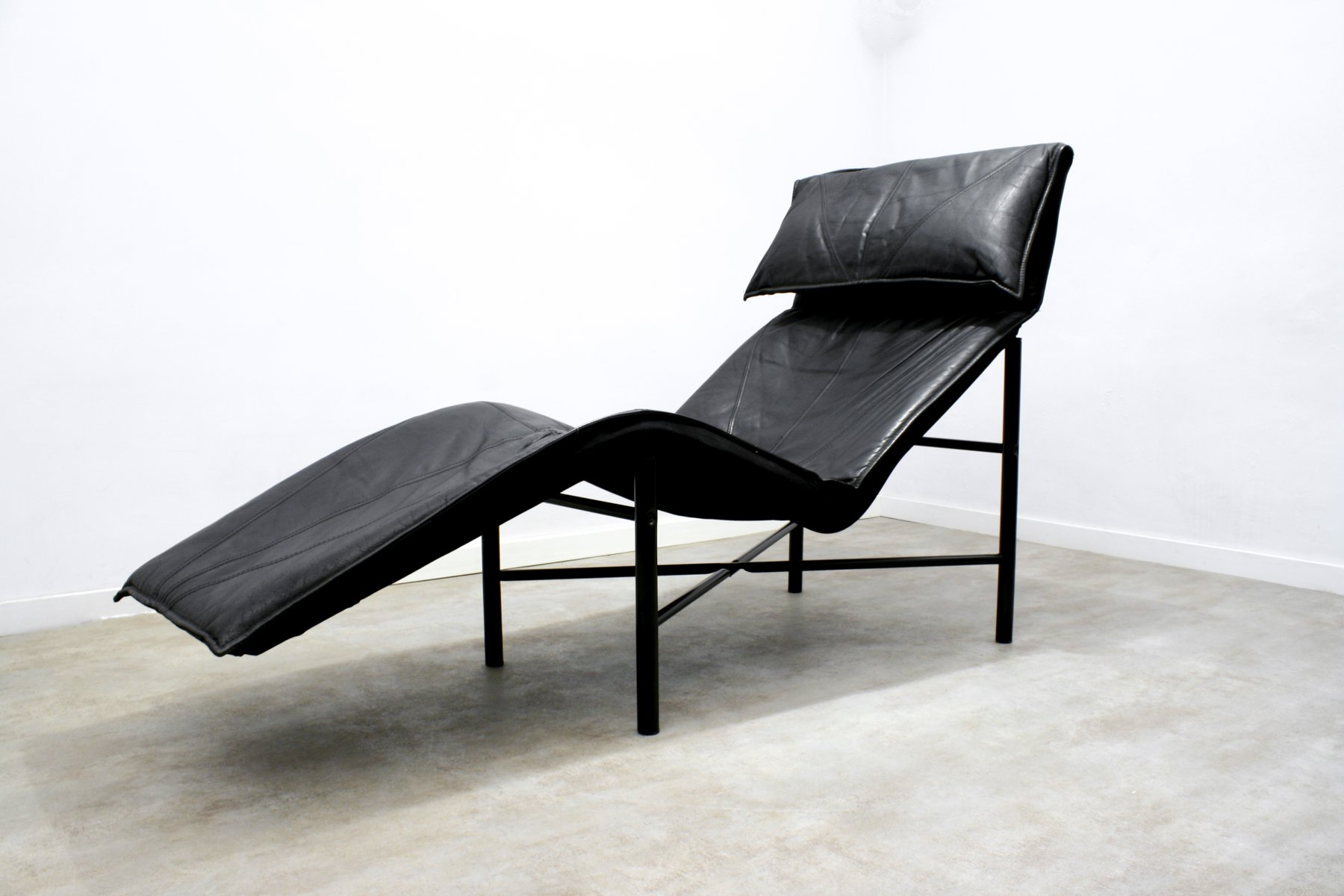 Black Leather Skye Chaise Longue By Tord Bjorklund For Ikea 1980s