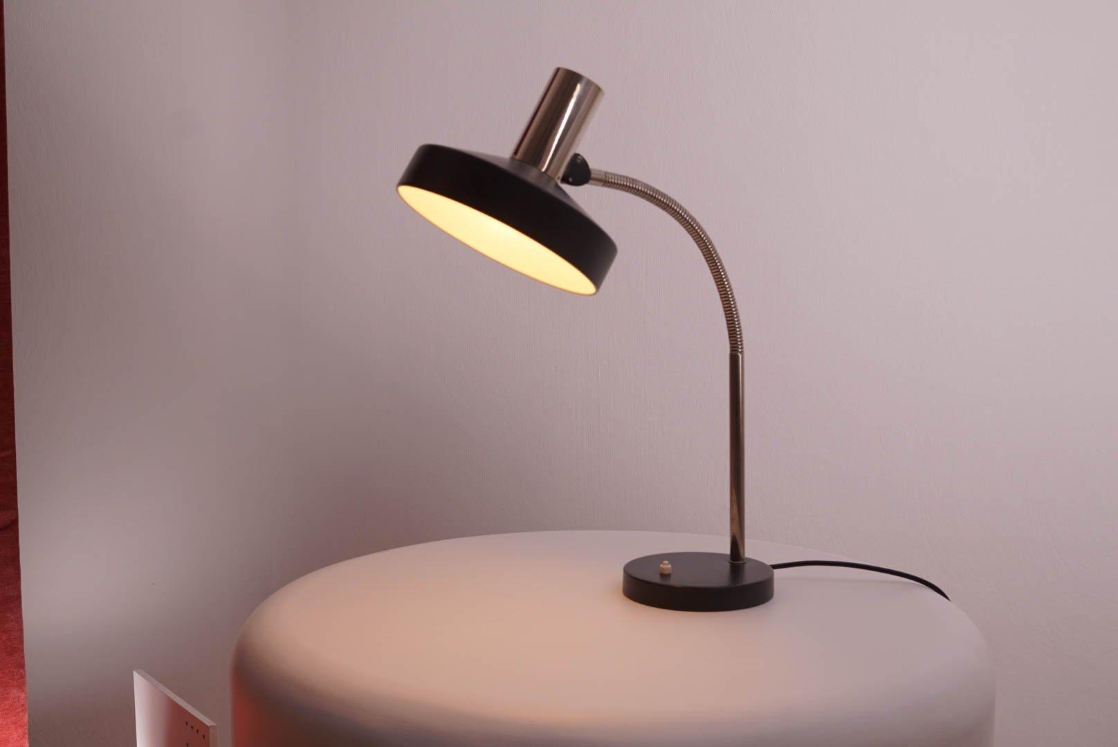 Lampada da scrivania con paralume nero di kaiser leuchten anni