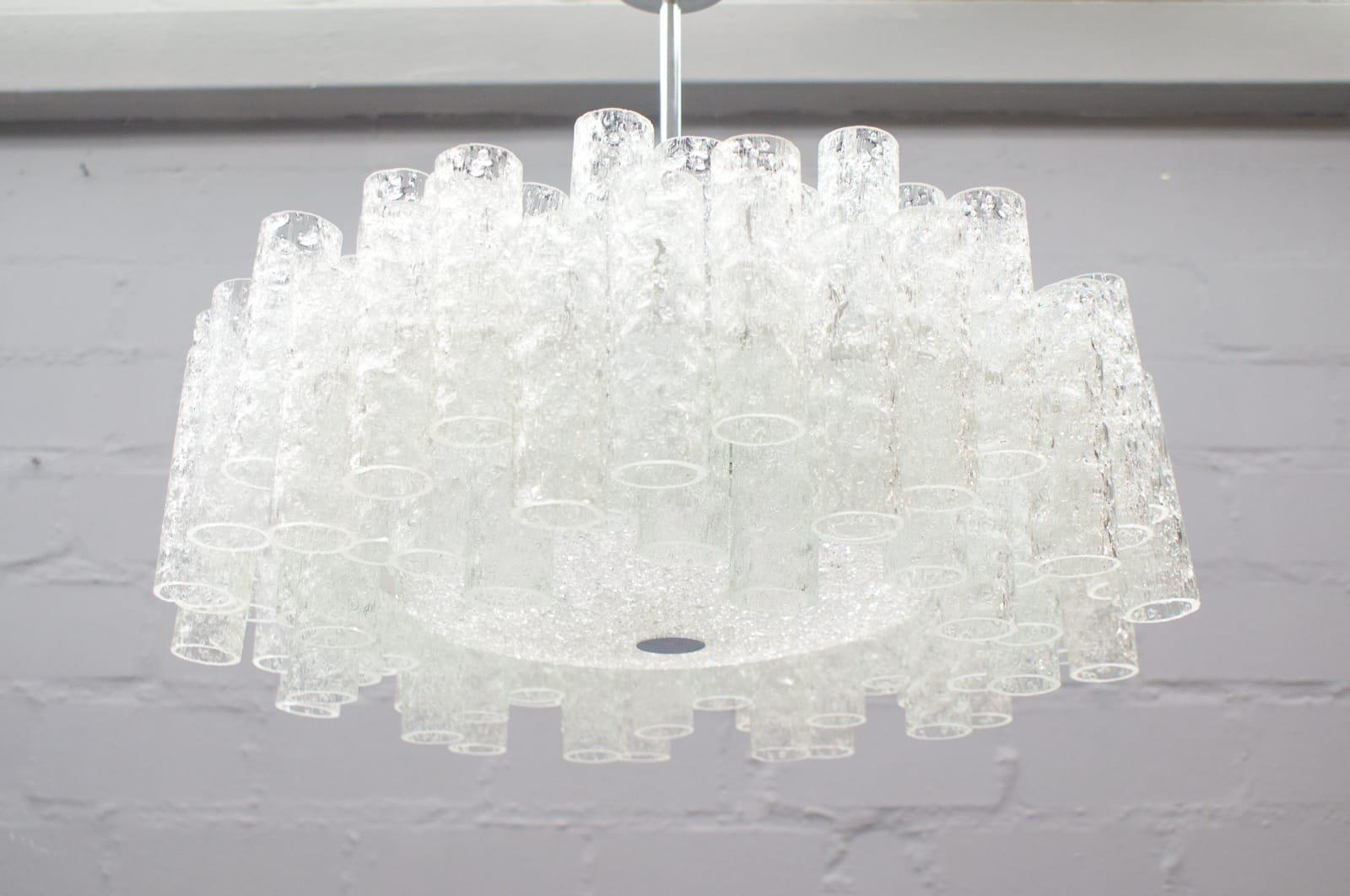 Zweistufiger Deutscher Eisglas Kronleuchter von Doria Leuchten, 1960er
