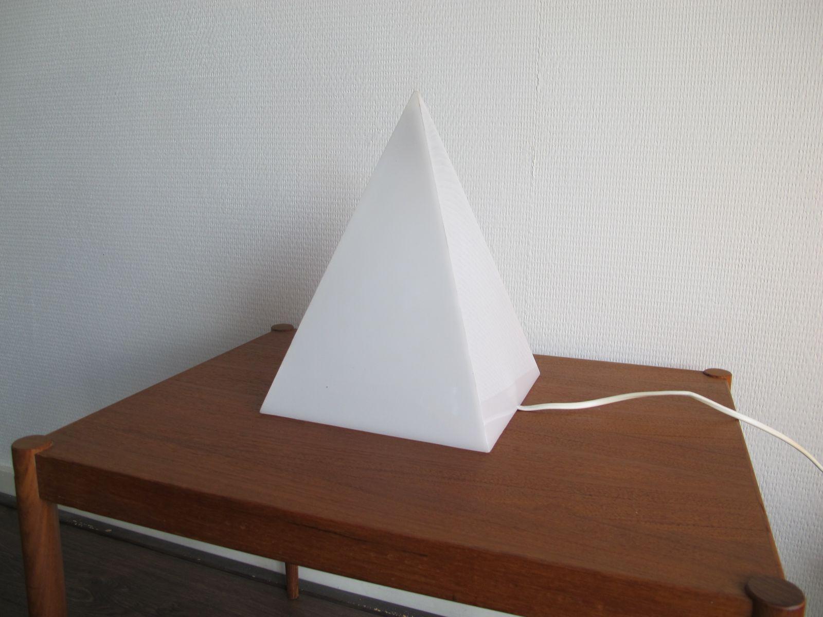Vintage Pyramiden Lampen, 1970er, 2er Set