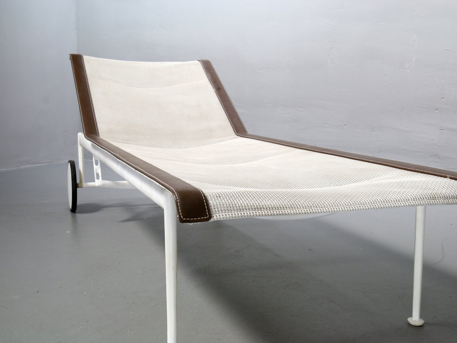 Mid century leisure collection garden lounger by richard schultz for knoll