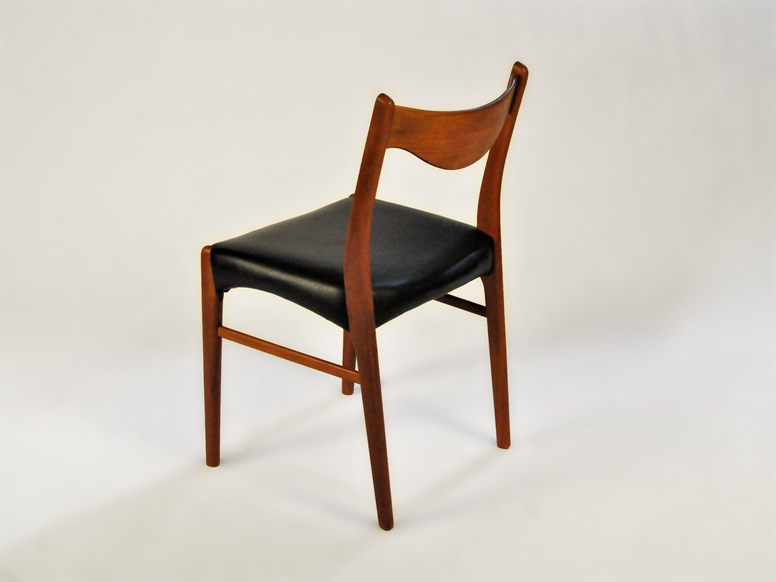 Teak Dining Chairs By Ejnar Larsen Amp Axel Bender Madsen