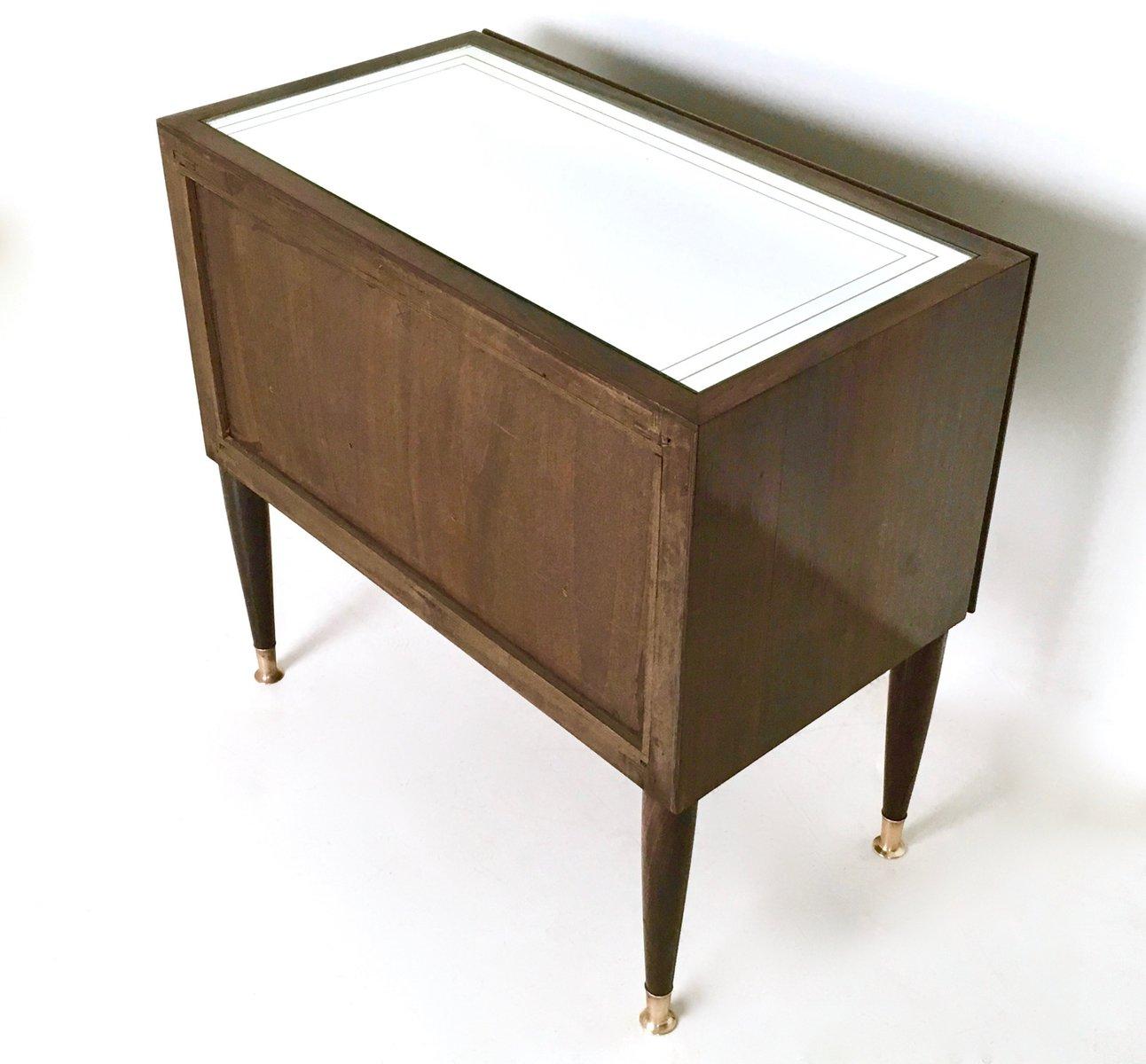 tables de chevet en acajou 1950s set de 2 en vente sur pamono. Black Bedroom Furniture Sets. Home Design Ideas