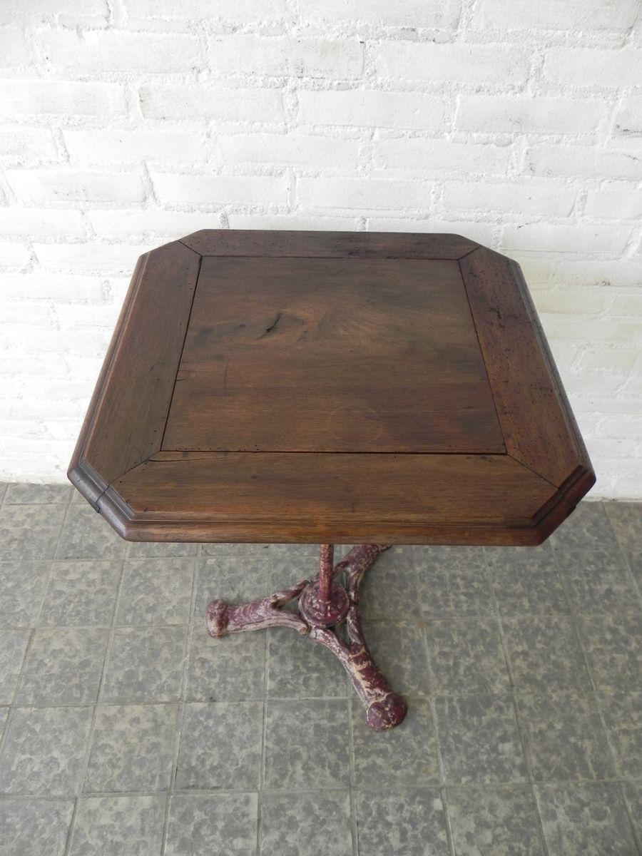 table bistrot en ch ne et fonte antique en vente sur pamono. Black Bedroom Furniture Sets. Home Design Ideas