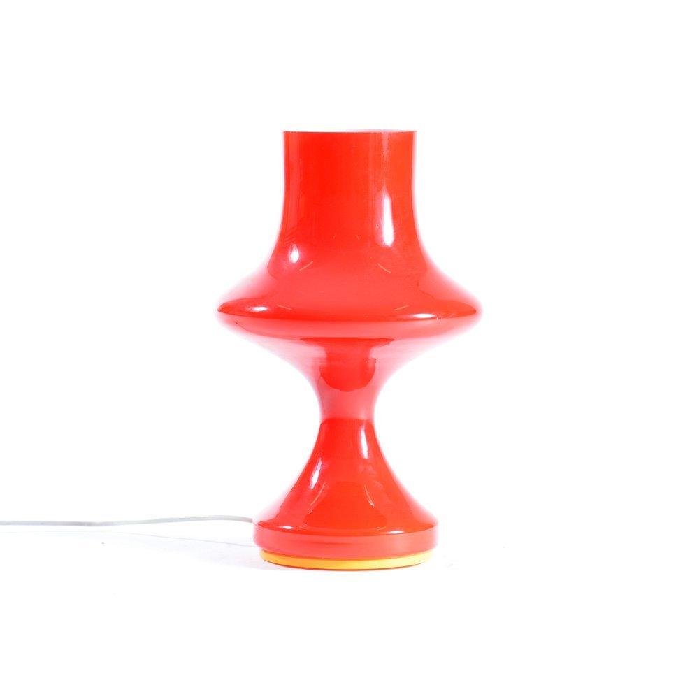 Rote Tschechoslowakische Opalglas Tischlampe von Karel Wolf für OPP Ji...