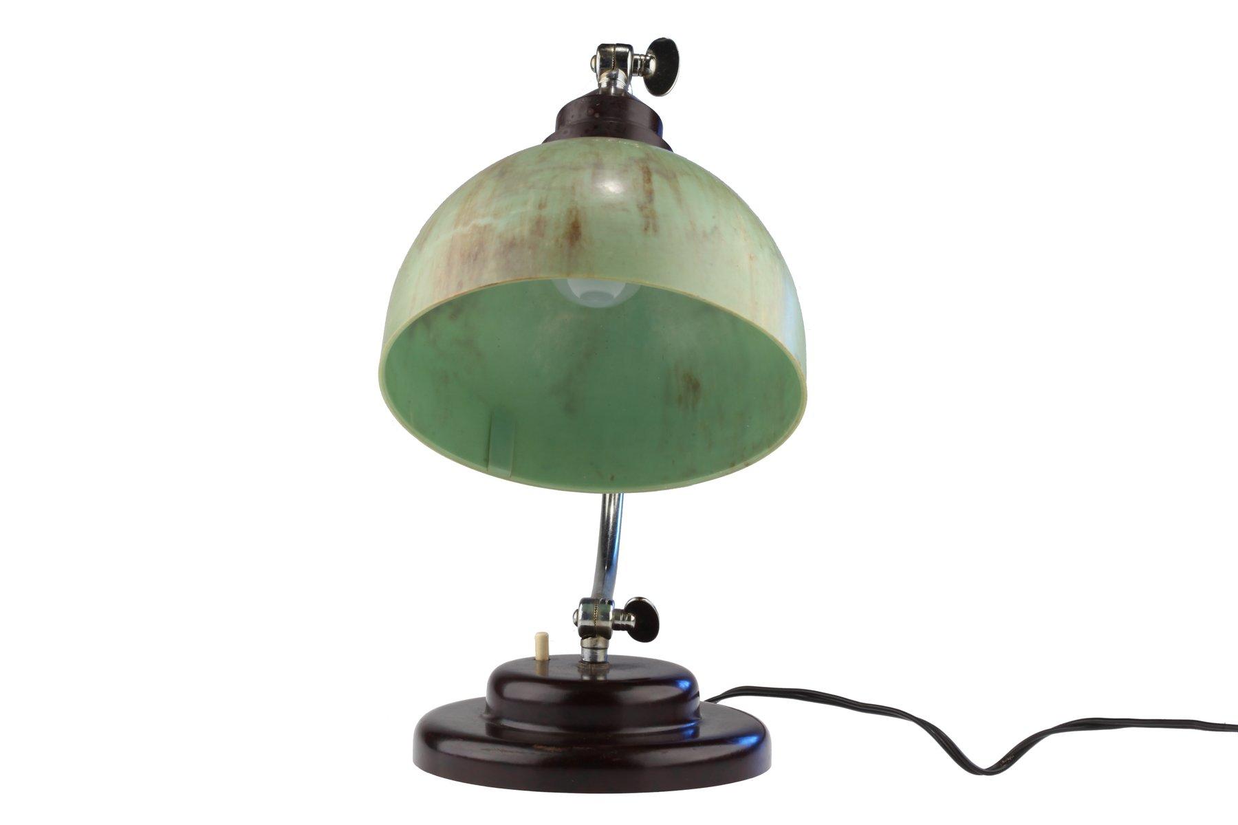 lampe de bureau art d co vintage avec abat jour en bak lite vert en vente sur pamono. Black Bedroom Furniture Sets. Home Design Ideas