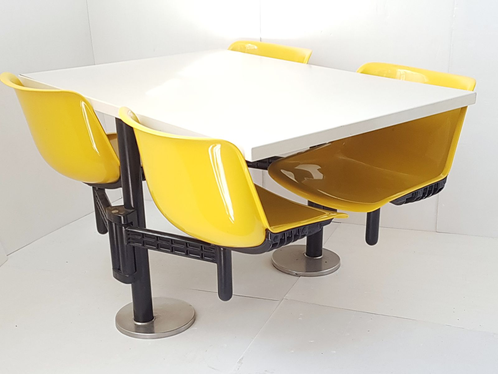 Modus Table U0026 Chairs By Osvaldo Borsani For Tecno, 1972