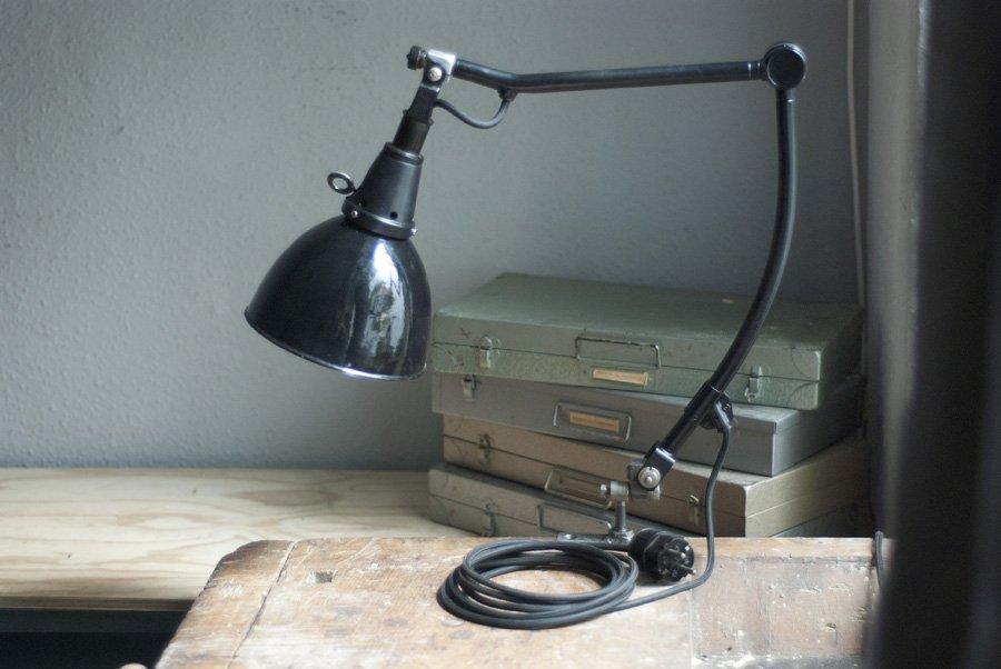 Schwarze Vintage Schreibtischlampe von Curt Fischer für Midgard
