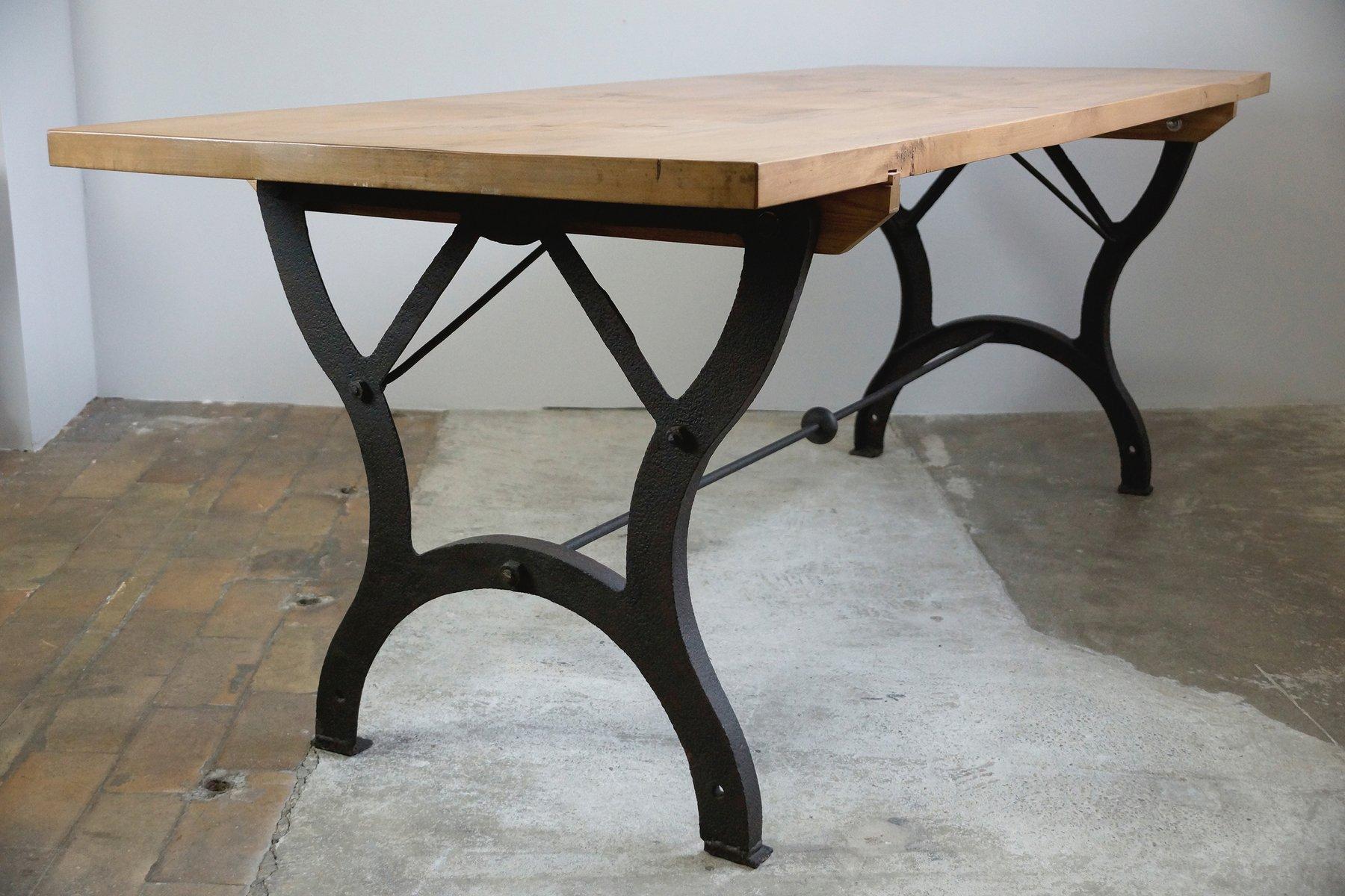 table de salle manger vintage industrielle en vente sur. Black Bedroom Furniture Sets. Home Design Ideas