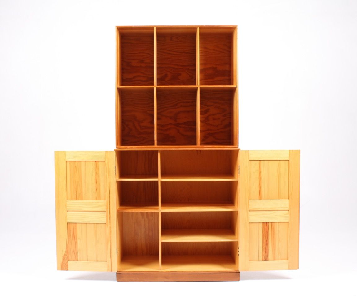 Exceptionnel Pine Cabinet By Mogens Koch For Rud. Rasmussen, 1950s