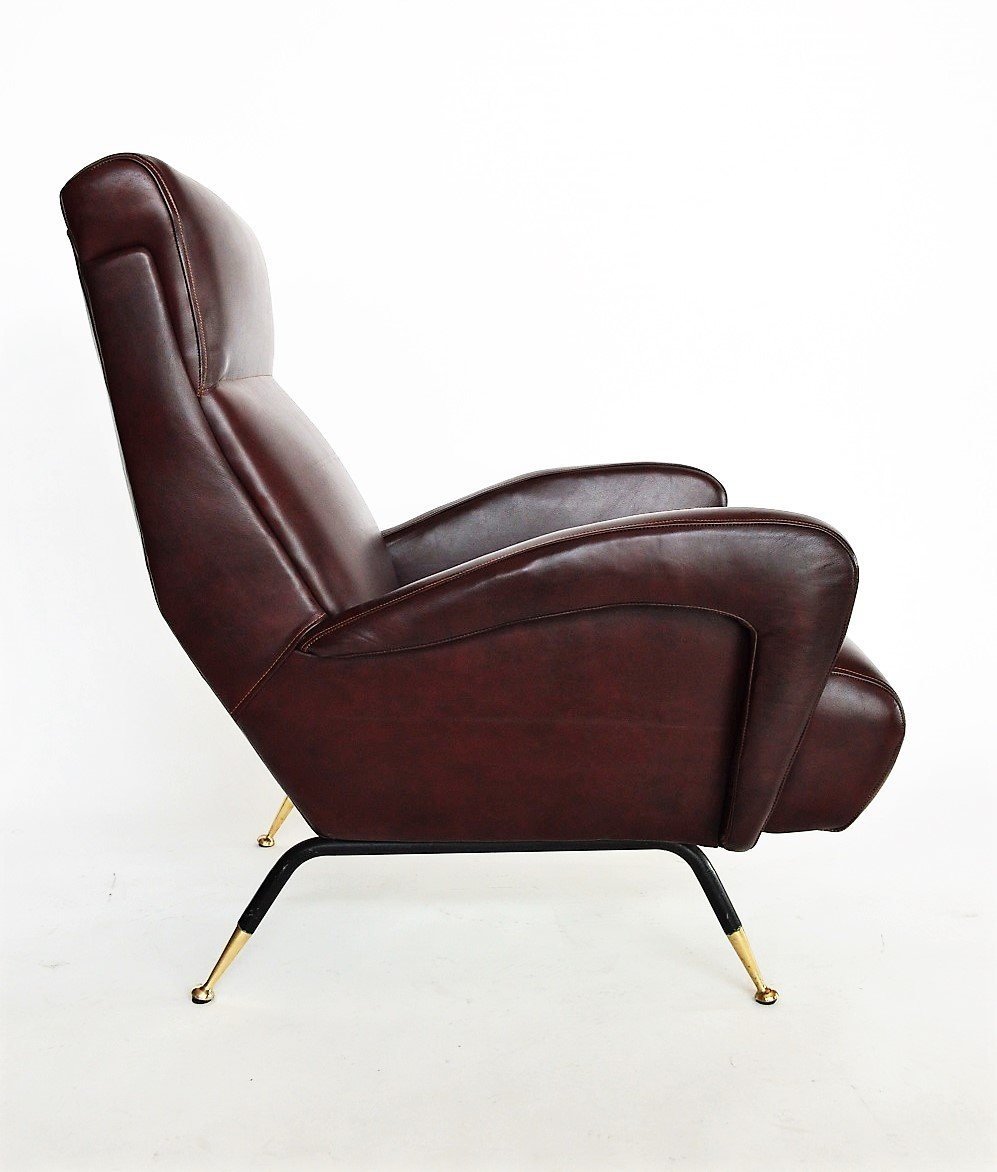 Italian Leather Armchair, 1950s for sale at Pamono