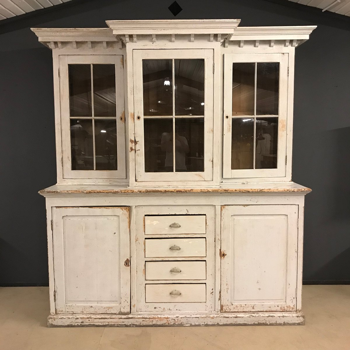gro er antiker franz sischer schrank aus 19 jhdt bei pamono kaufen. Black Bedroom Furniture Sets. Home Design Ideas