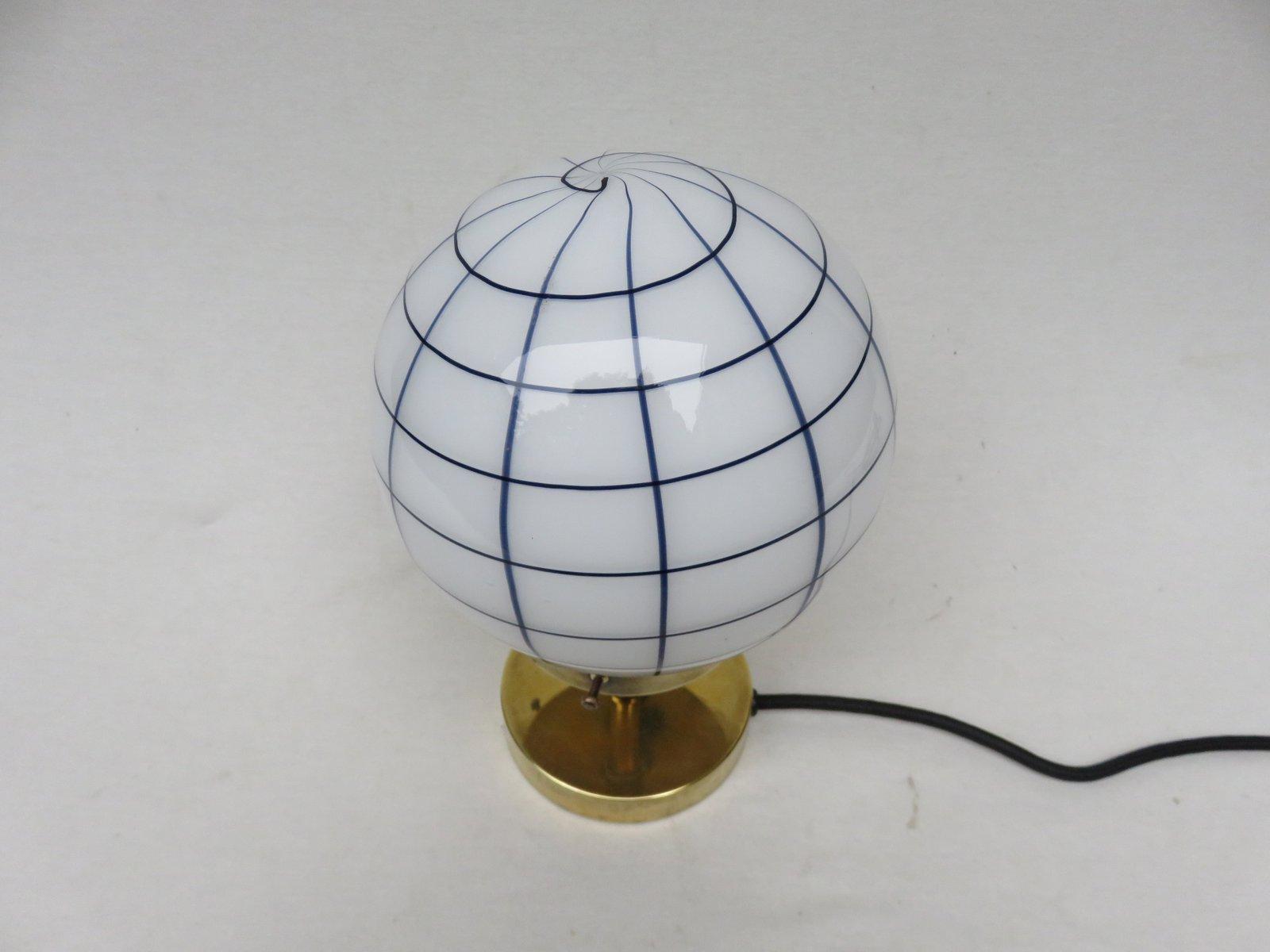 petite lampe de bureau vintage art d co en laiton en vente. Black Bedroom Furniture Sets. Home Design Ideas