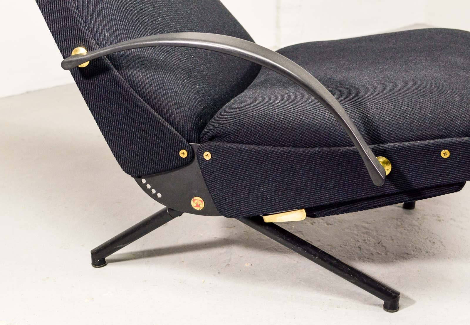 First Edition P40 Adjustable Lounge Chair By Osvaldo