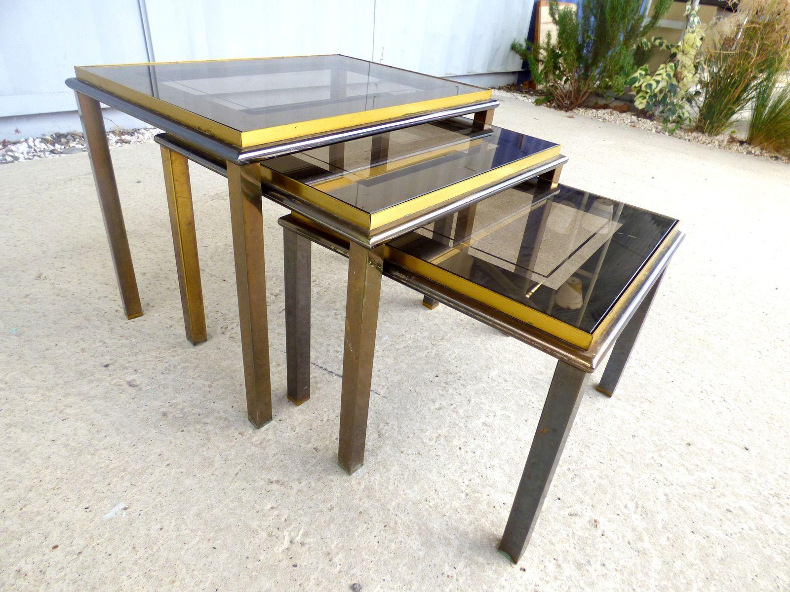 tables gigognes vintage en vente sur pamono. Black Bedroom Furniture Sets. Home Design Ideas