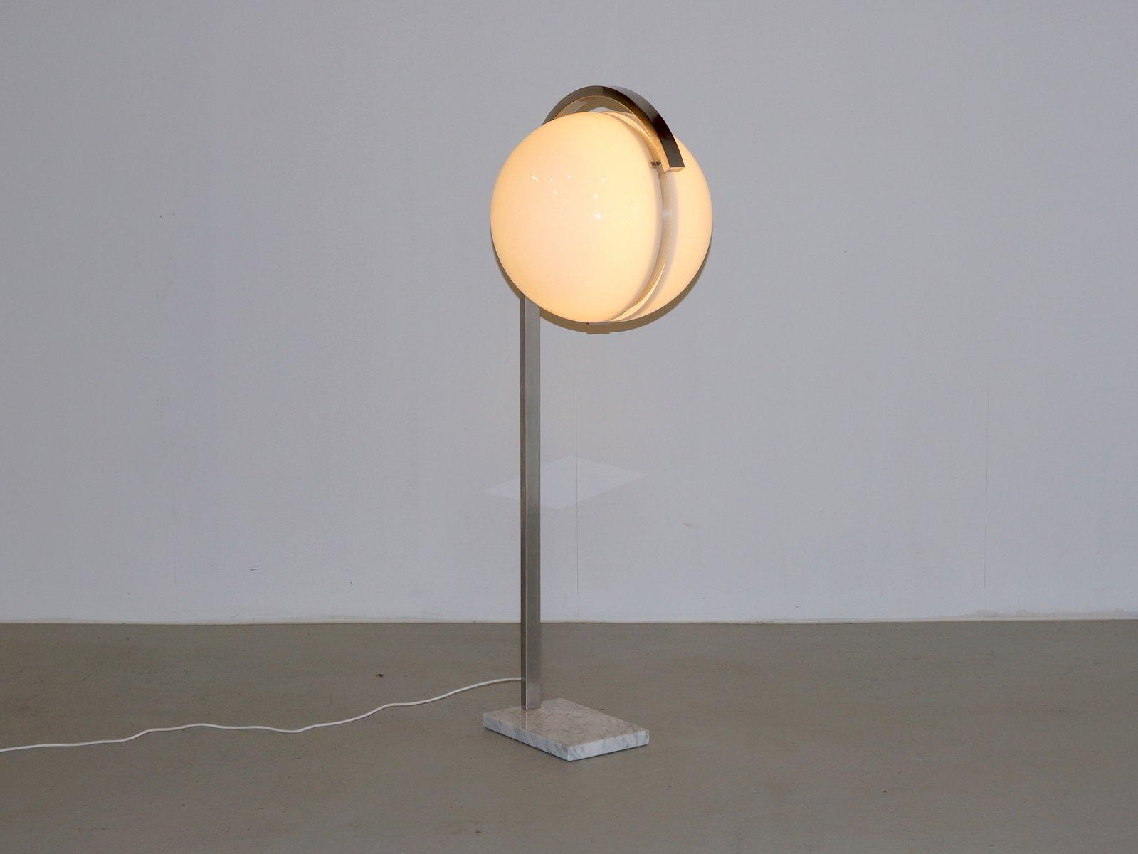 acryl kugel stehlampe mit marmorfu von acciarri 1960er bei pamono kaufen. Black Bedroom Furniture Sets. Home Design Ideas