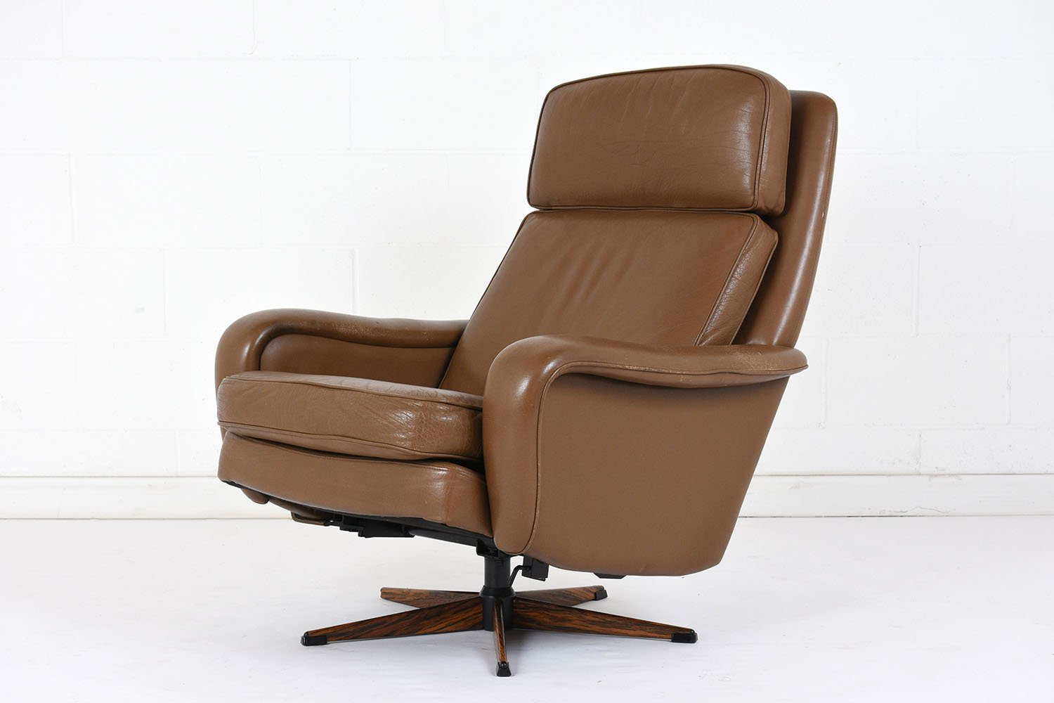 Vintage Leather Lounge Chair And Ottoman 1960s For Sale At Pamono