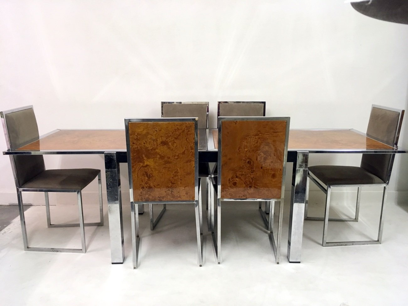 italienischer wurzel nussholz esstisch und st hle von la metal arredo 1970er bei pamono kaufen. Black Bedroom Furniture Sets. Home Design Ideas