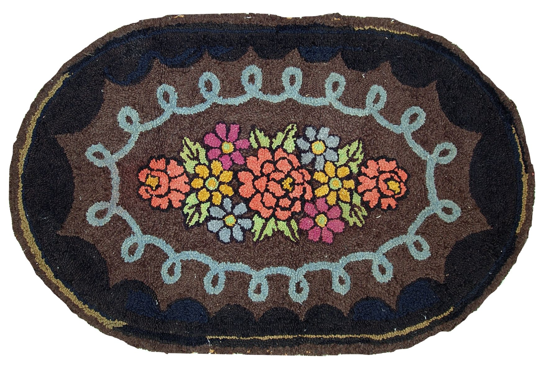 Handmade American Oval Hooked Rug 1920s For Sale At Pamono
