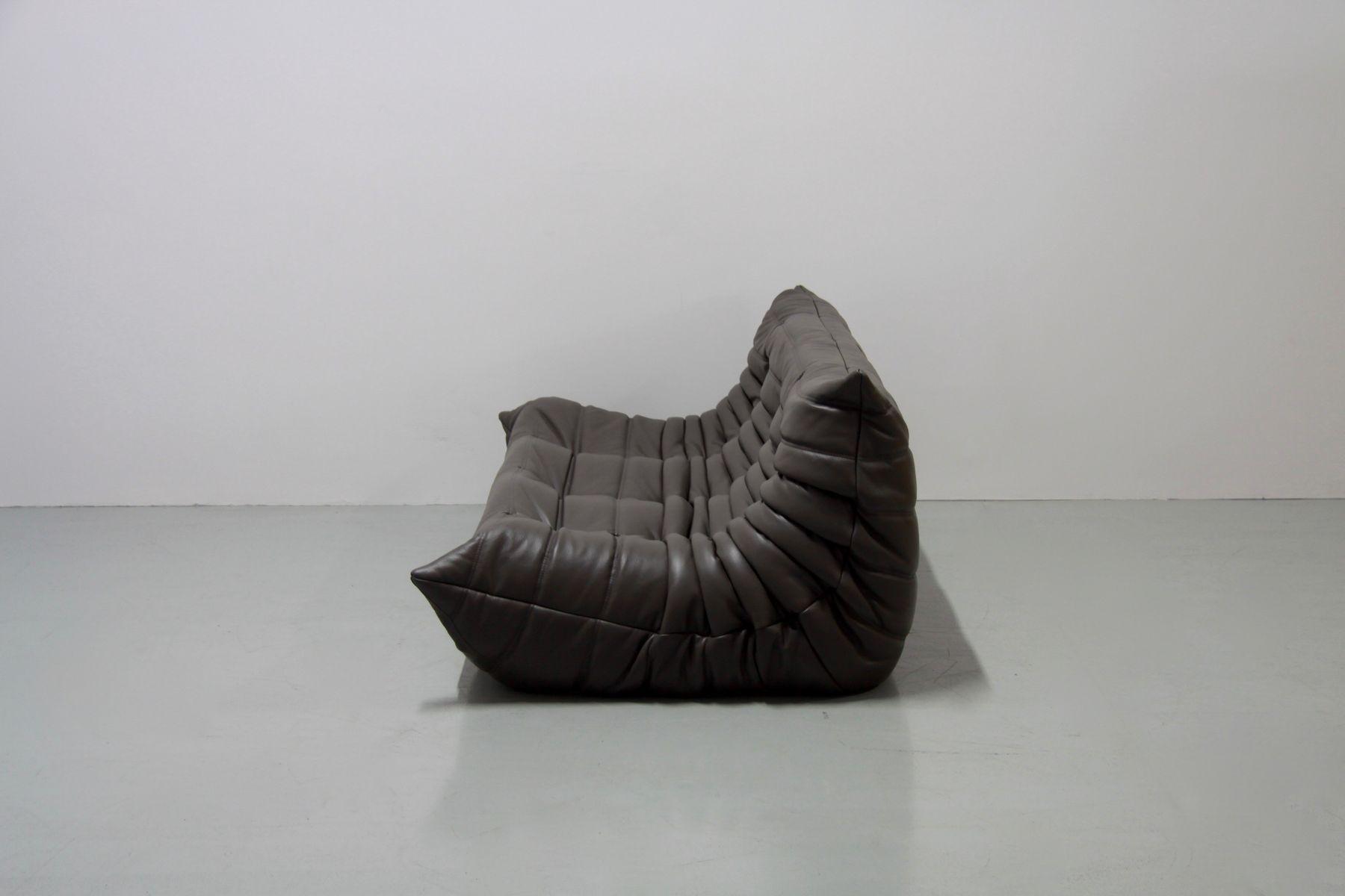 set de canap togo en cuir graphite par michel ducaroy pour ligne roset 1970s en vente sur pamono. Black Bedroom Furniture Sets. Home Design Ideas
