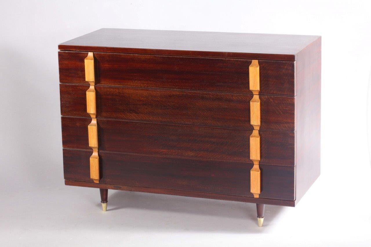mid century kommode mit 4 schubladen bei pamono kaufen. Black Bedroom Furniture Sets. Home Design Ideas