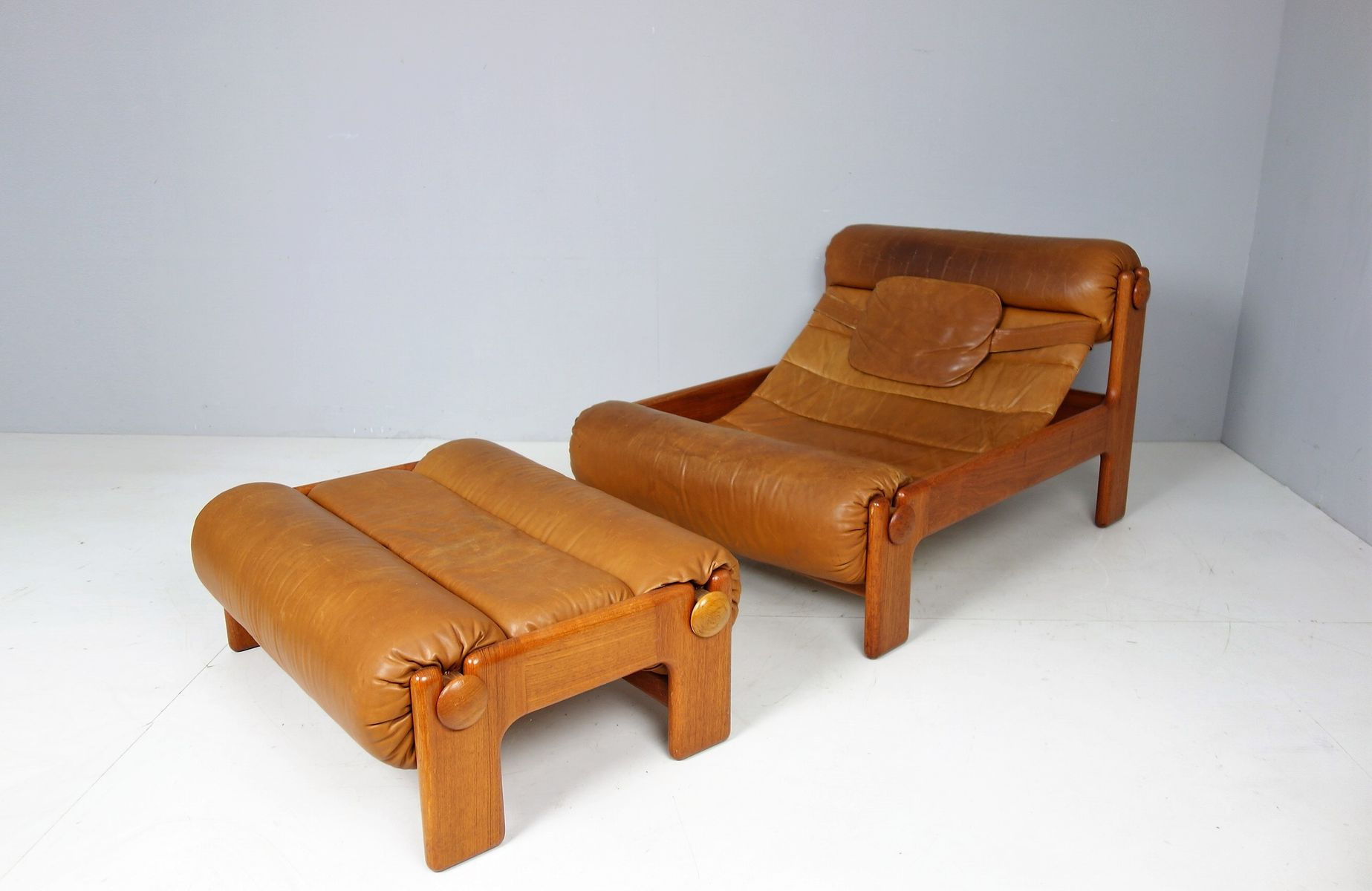 Schwedischer Vintage Sessel & Ottomane, 1960er
