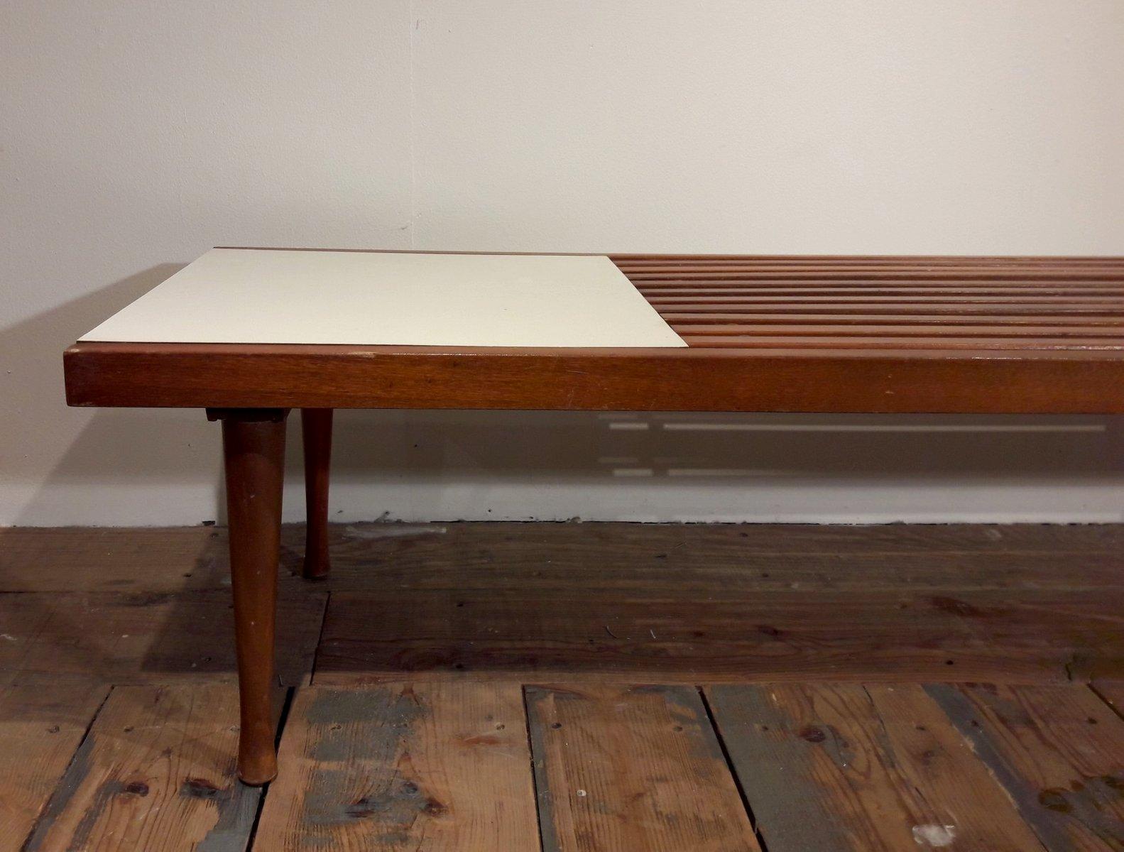 Tavolini In Legno Bianco : Tavolino da caffè in legno a stecche e laminato bianco stati