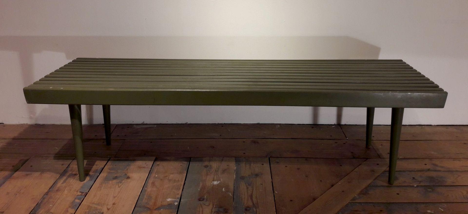 table basse vintage en bois peint vert tats unis en vente sur pamono. Black Bedroom Furniture Sets. Home Design Ideas