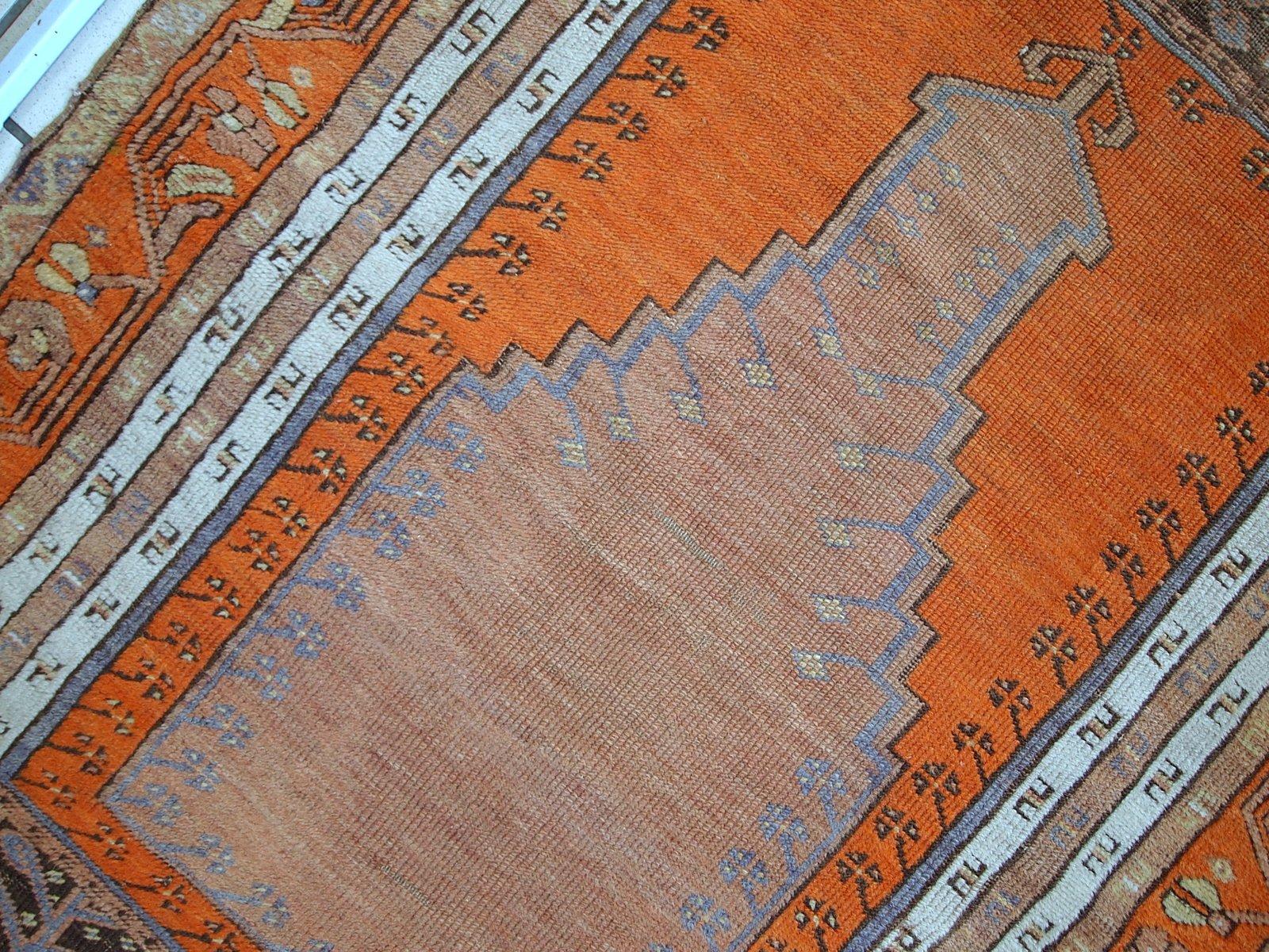tapis de pri re antique anatolien fait main turquie 1940s en vente sur pamono. Black Bedroom Furniture Sets. Home Design Ideas