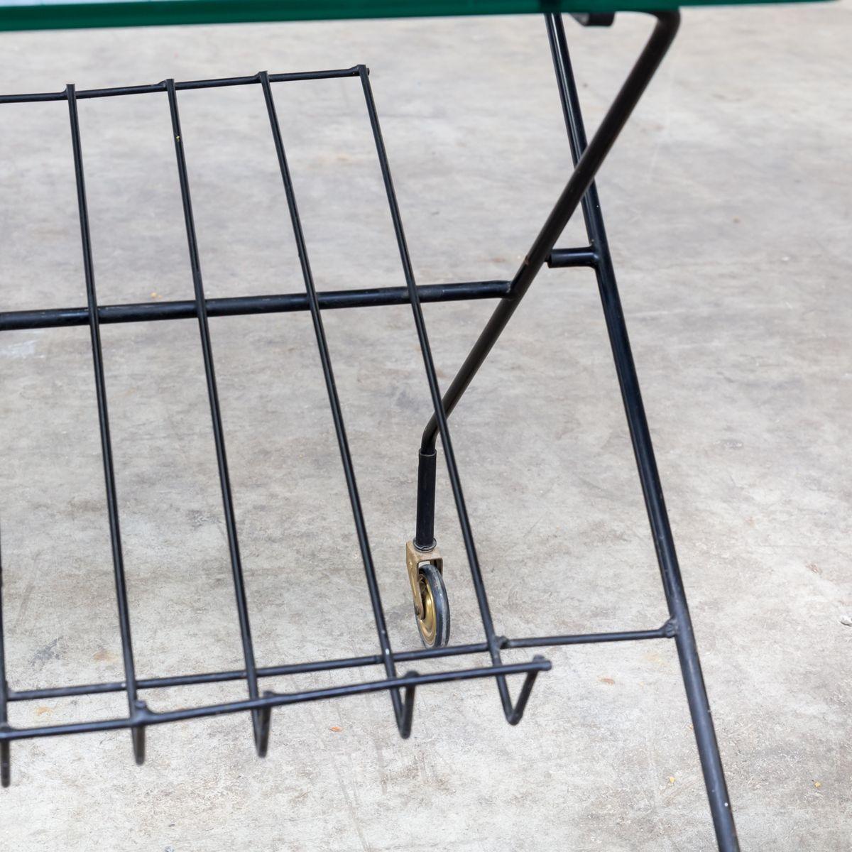 chariot de service en m tal et verre avec porte revues 1950s en vente sur pamono. Black Bedroom Furniture Sets. Home Design Ideas