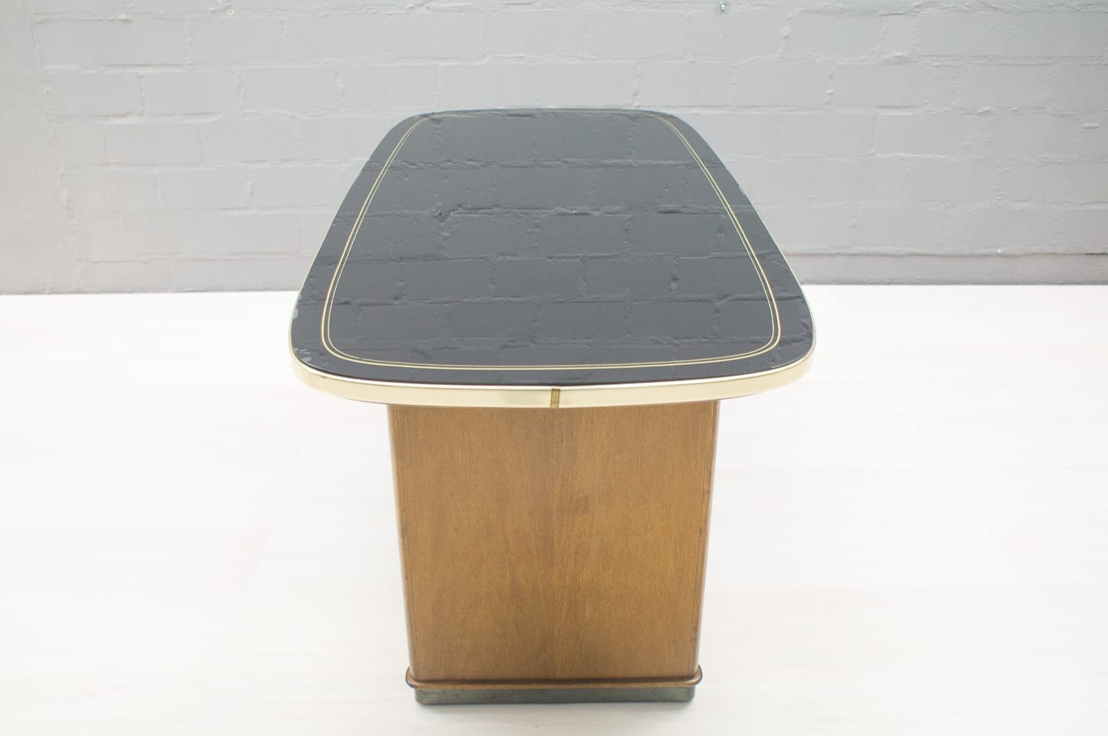 mid century couchtisch mit schwarzer glasplatte bei pamono kaufen. Black Bedroom Furniture Sets. Home Design Ideas