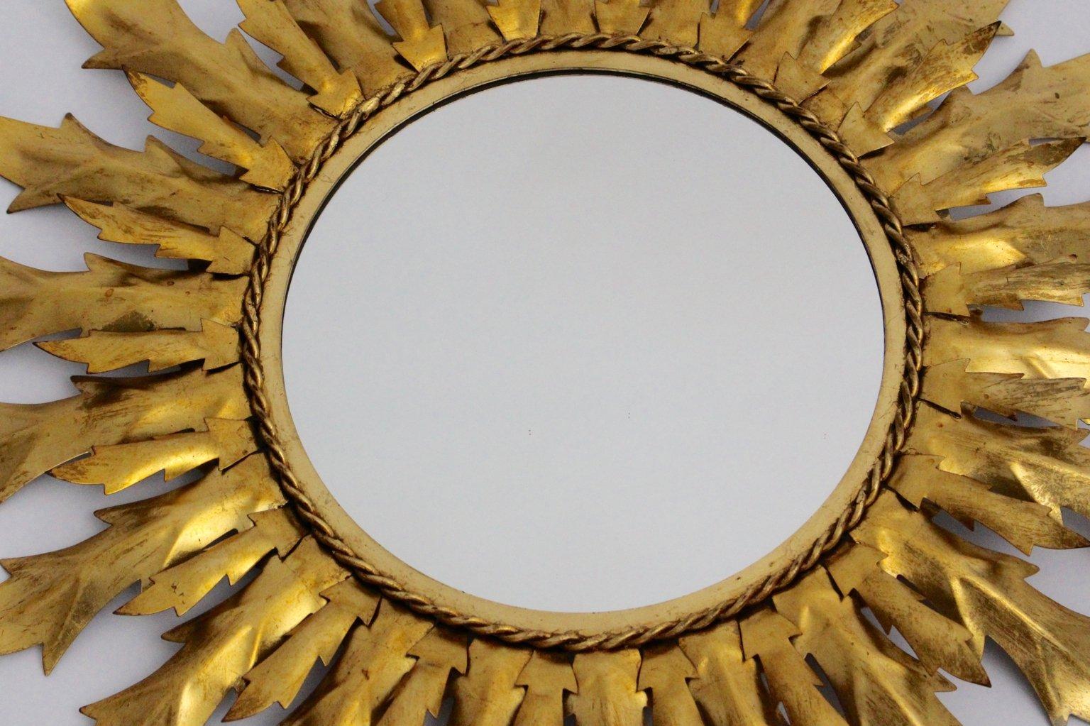 Specchio a forma di sole in ferro dorato anni 39 60 in vendita su pamono - Specchio a forma di sole ...