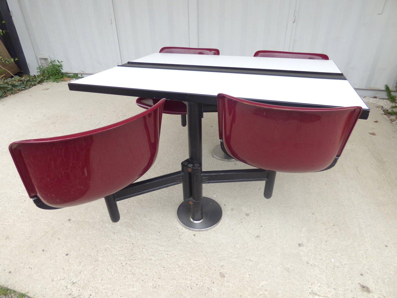 modus tisch mit st hle von osvaldo borsani f r tecno 1970er bei pamono kaufen. Black Bedroom Furniture Sets. Home Design Ideas