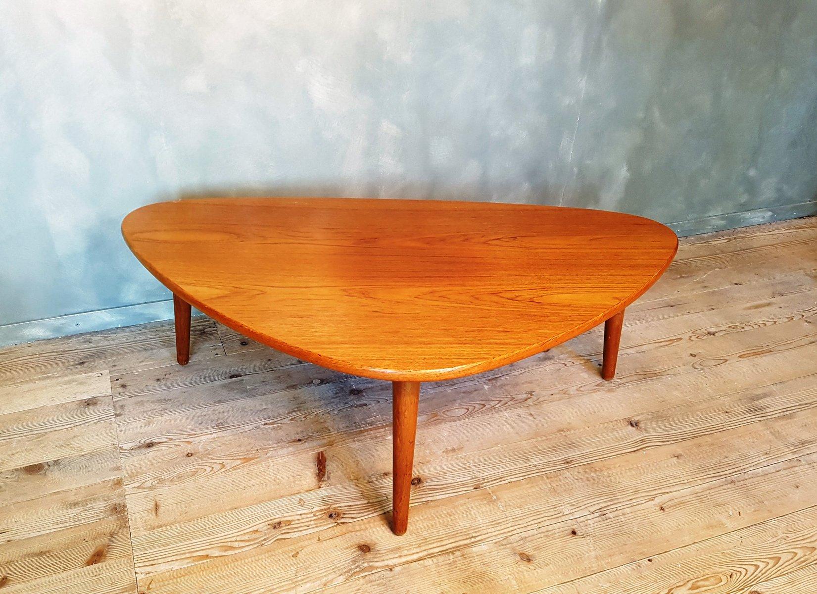 table basse 3 pieds vintage en teck danemark en vente sur pamono. Black Bedroom Furniture Sets. Home Design Ideas