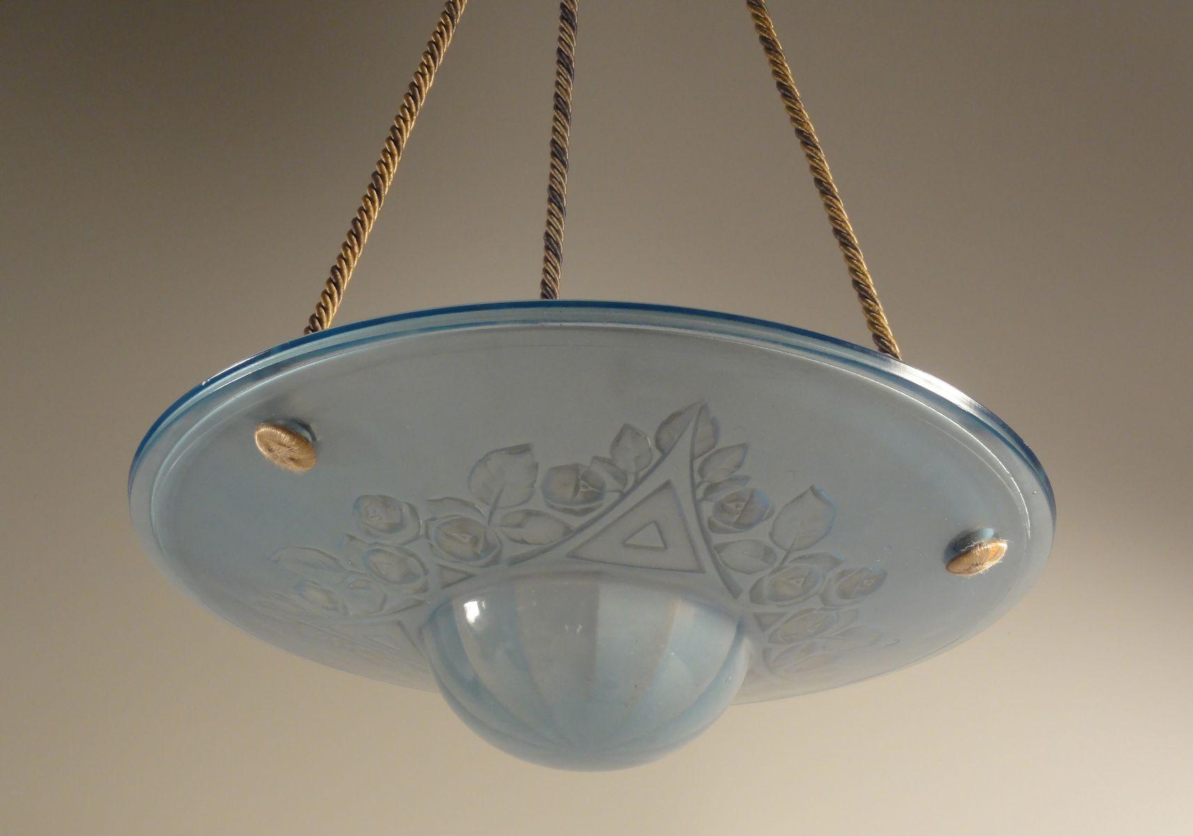Hellblaue Pressglas Hängelampe, 1920er