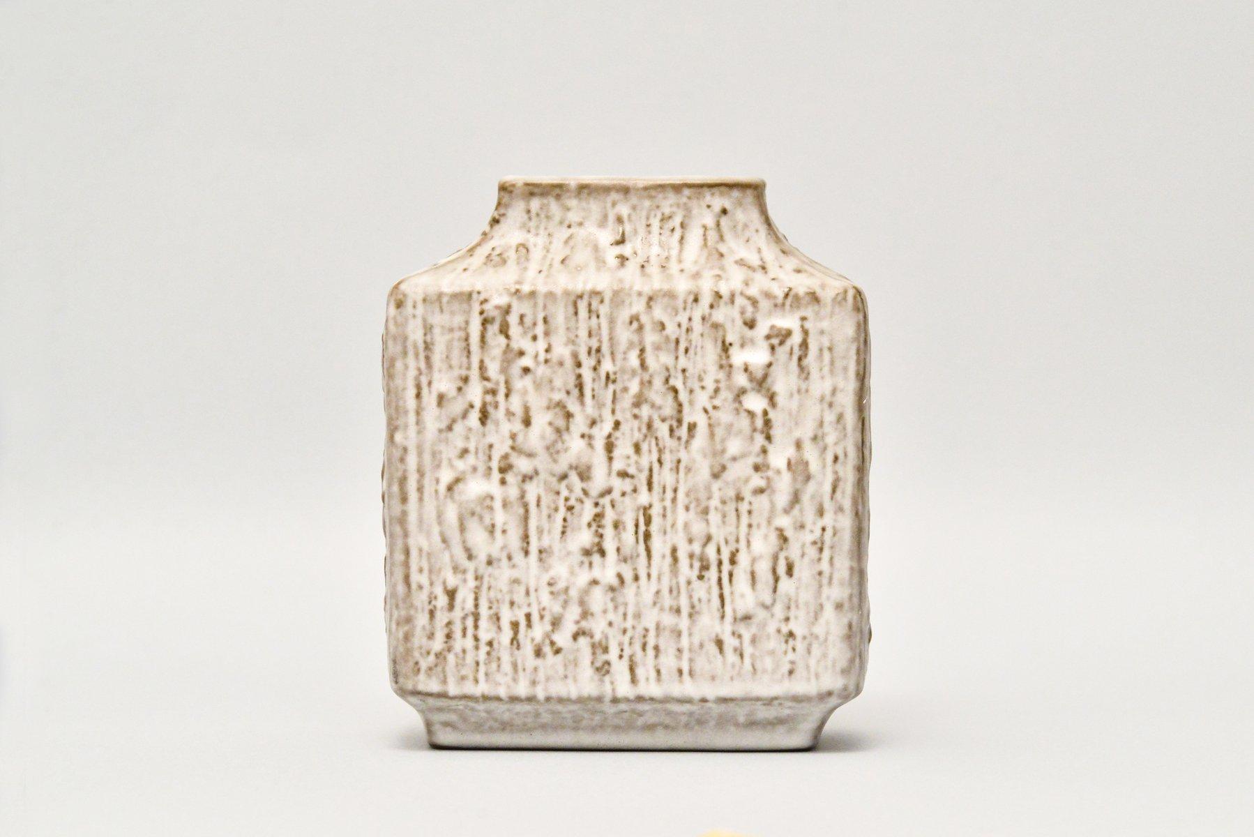 Rechteckige Vintage Relief Vase von Friedegard ...