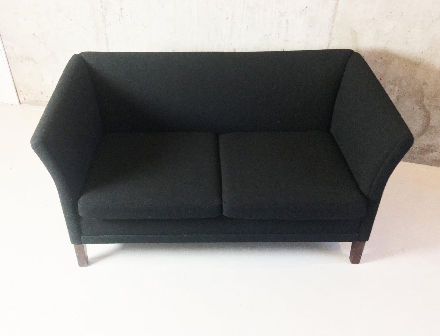d nisches 2 sitzer sofa aus schwarzer wolle 1970er bei pamono kaufen. Black Bedroom Furniture Sets. Home Design Ideas