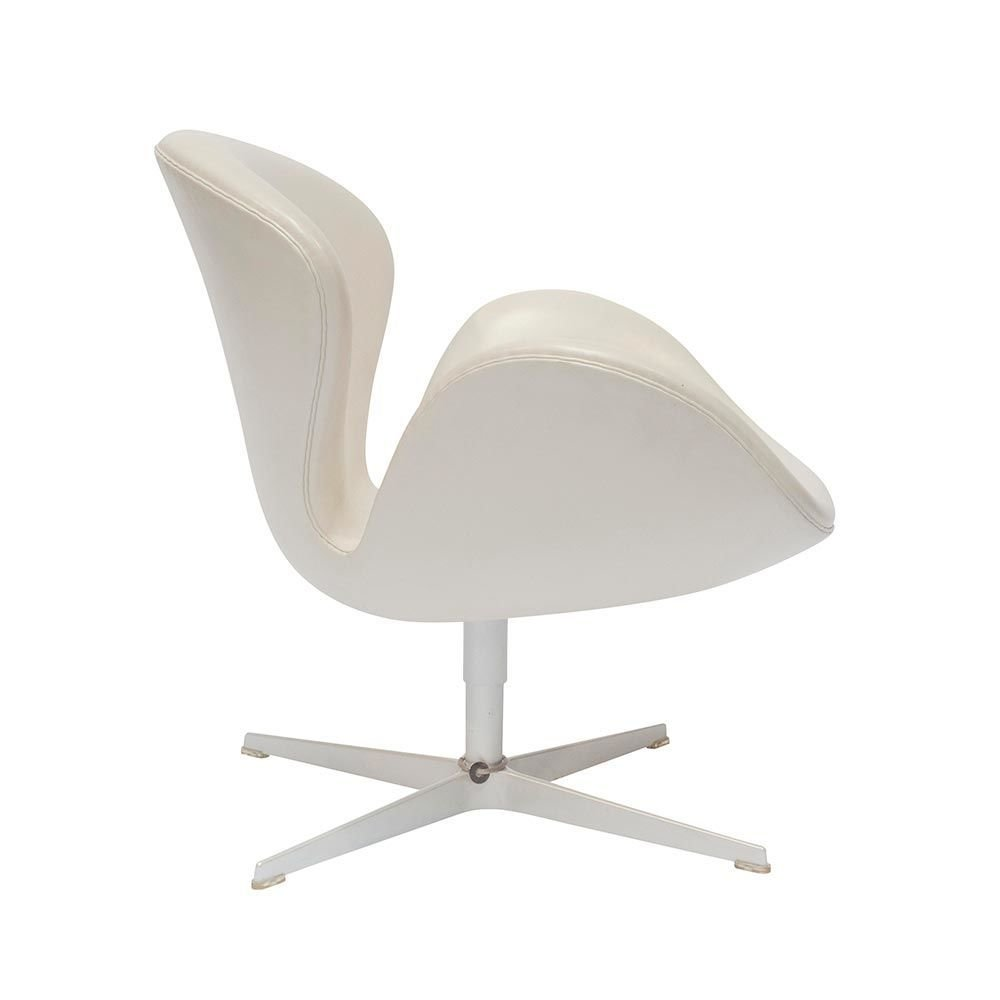 Swan Chair Sessel Von Arne Jacobsen Fur Fritz Hansen 2008 Bei