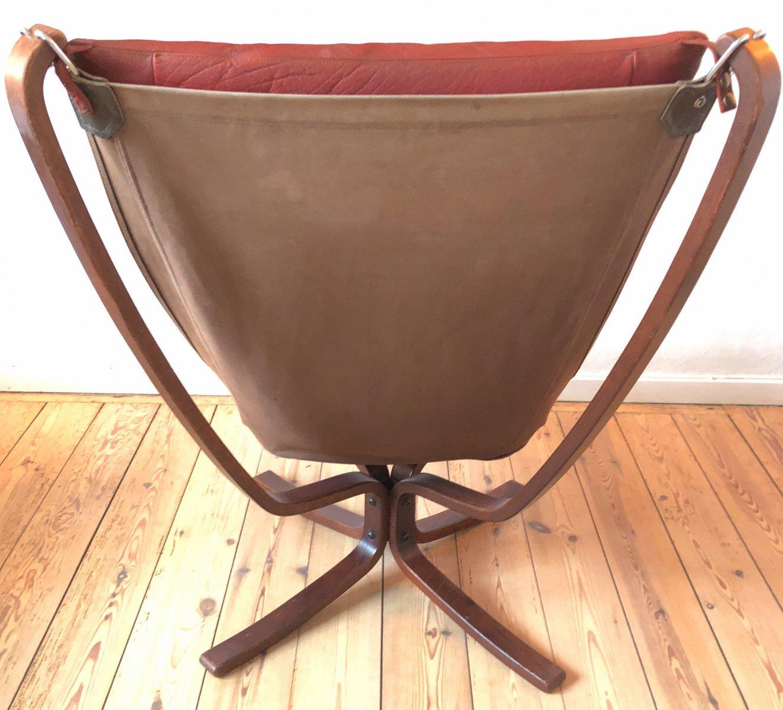Sedia falcon di sigurd ressell per vatne mobler anni 39 70 for Sedia design anni 70